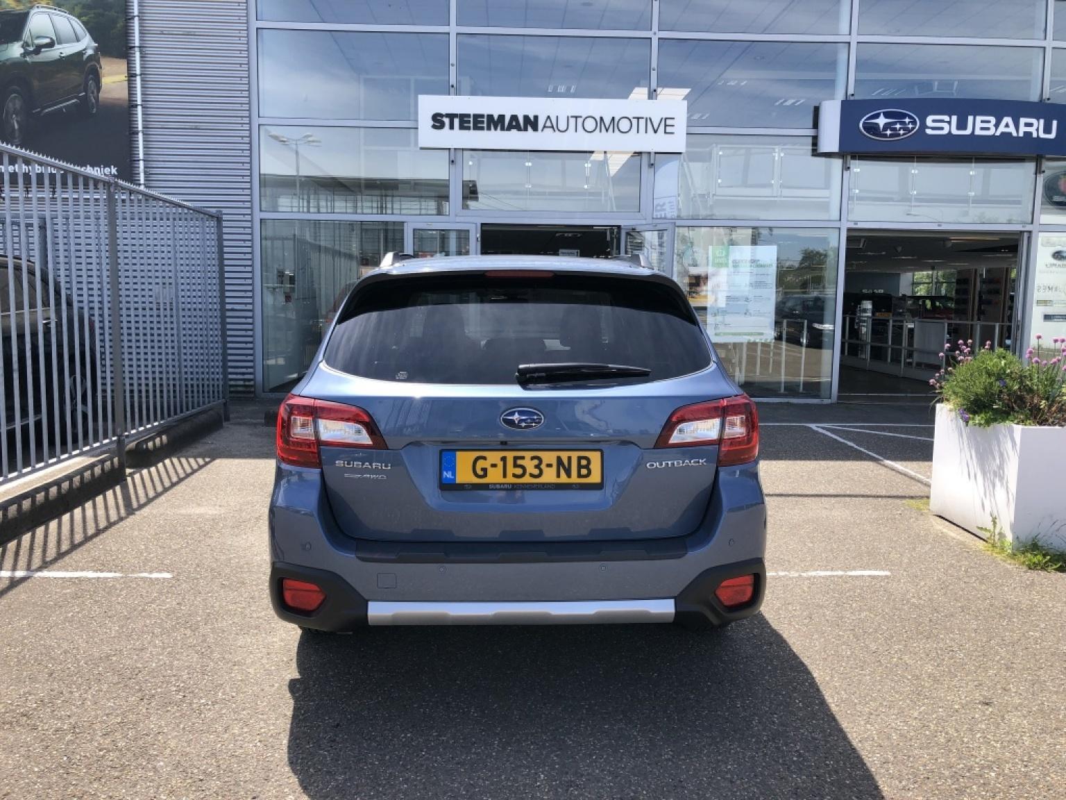 Subaru-Outback-6