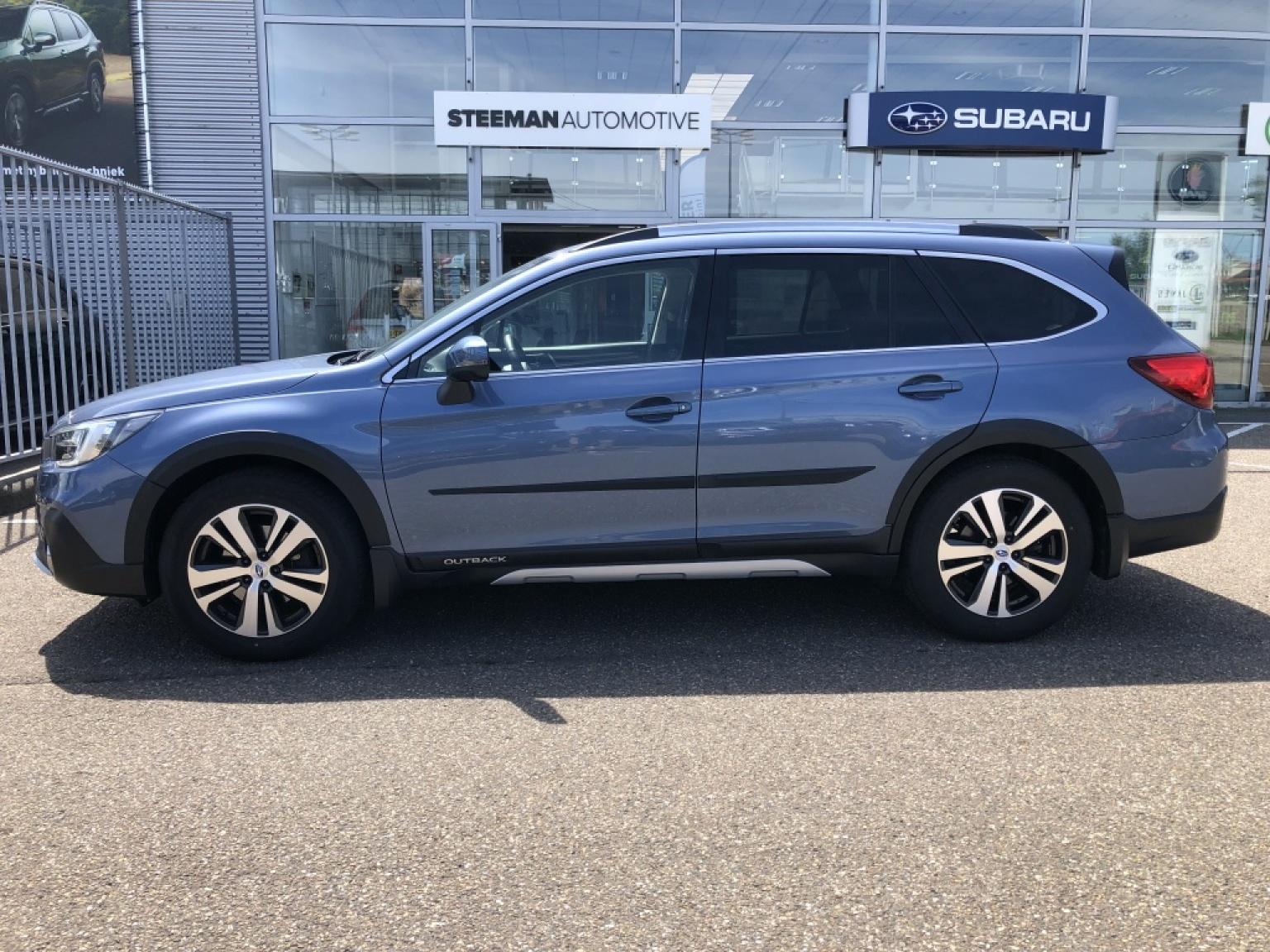Subaru-Outback-2